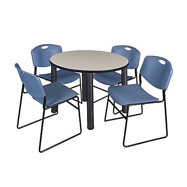 Regency – Table de salle de pause ronde Kee de 42 po, érable/noir, avec 4 chaises empilables Zeng, bleu (TB42RDPLPBK44BE)