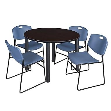 Regency – Table de salle de pause ronde Kee de 48 po, noyer moka/noir, 4 chaises empilables Zeng, bleu (TB48RDMWPBK44BE)