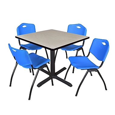 Regency ? Table carrée de salle de pause érable de 42 po et 4 chaises empilables « M »