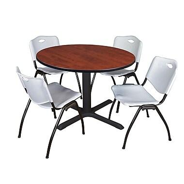Regency – Table de salle de pause ronde Cain de 48 po, cerisier, avec 4 chaises empilables M, gris (TB48RNDCH47GY)