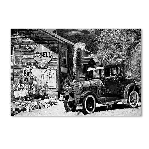 "Trademark Fine Art Philippe Hugonnard 'Old American Car' 12"" x 19"" Canvas Stretched (190836118403)"