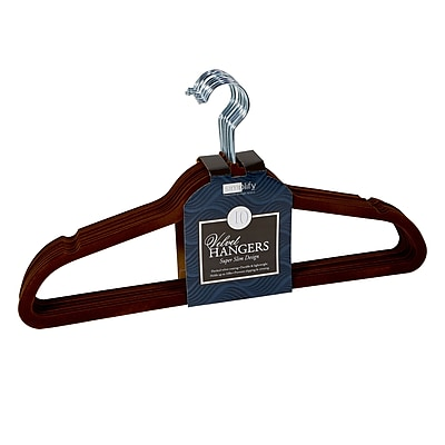 Simplify 10 Super Slim Velvet Huggable Hangers in Chocolate