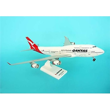 Daron Skymarks Qantas 747-400 with Gear - New livery (DARON6692)