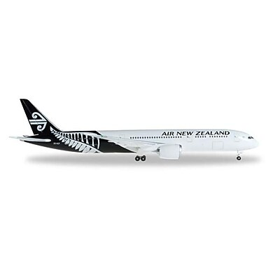 Herpa 500 Scale 1-500 Air New Zealand 787-9 Black-White livery (DARON11656)