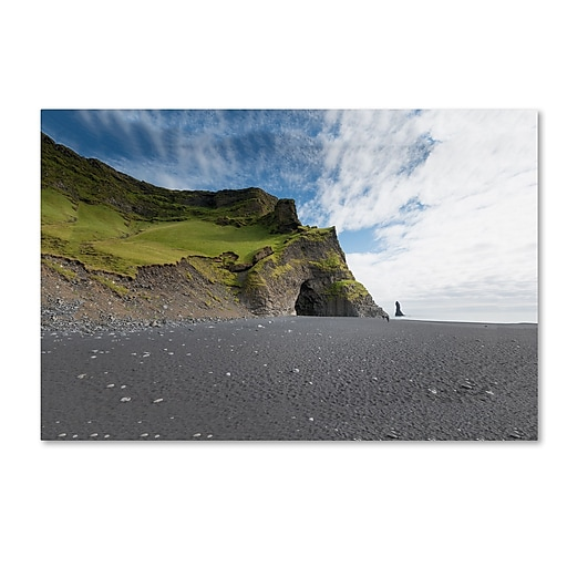 "Trademark Fine Art Philippe Sainte-Laudy 'Reynisdrangar Beach' 12"" x 19"" Canvas Stretched (190836321766)"