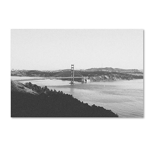 """Trademark Fine Art Ariane Moshayedi 'Golden Gate BW' 12"""" x 19"""" Canvas Stretched (190836268344)"""