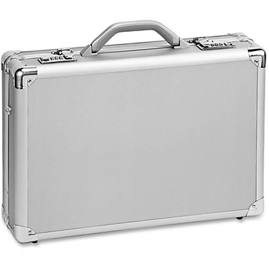 United States Luggage Classic 17'' Attachi, 17-1/2 x 5 x 12-1/2, Silver(AZERTY21920)