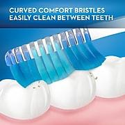 Oral-B Manual Oral-B Indicator Contour Clean Toothbrush, Soft (80200)