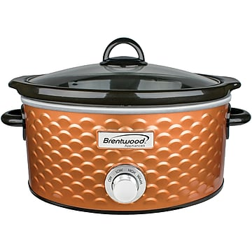 Brentwood Appliances 4.5-Quart Scallop Pattern Slow Cooker, Copper (SC-140C)