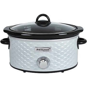 Brentwood Appliances 4.5-Quart Scallop Pattern Slow Cooker, White (SC-140W)