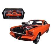 Shelby Collectibles 1965 Ford Shelby Mustang GT350R w/ Racing Engine Orange & Black Stripes 1-18 Diecast Car Model (DTDP1094)