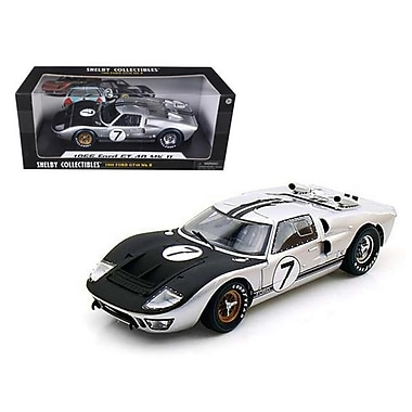 Shelby Collectibles 1966 Ford GT-40 MK 2 Silver No.7 1-18 Diecast Car Model (DTDP1070)