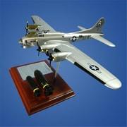 Mastercraft Collection B-17 Flying Fortress Model (MTFM509)
