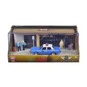Motormax Diorama The Usual Suspects Movie 1983 Dodge Diplomat Salon Police Car 1-43 Diecast Model (DTDP2669)