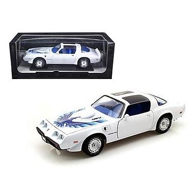 Greenlight 1980 Pontiac Firebird Trans Am White Triple 9 Collection 1 of 999 Produced Worldwide 1-18 Model Car (DTDP1490)