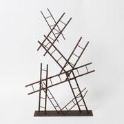 Décoration de table en forme de plusieurs échelles en métal