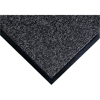 Crown Fore-Runner™ Gray Polypropylene Outdoor Scraper Mats